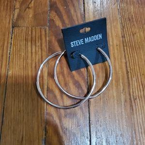 BRAND NEW Steve Madden Rose Gold hoop earrings